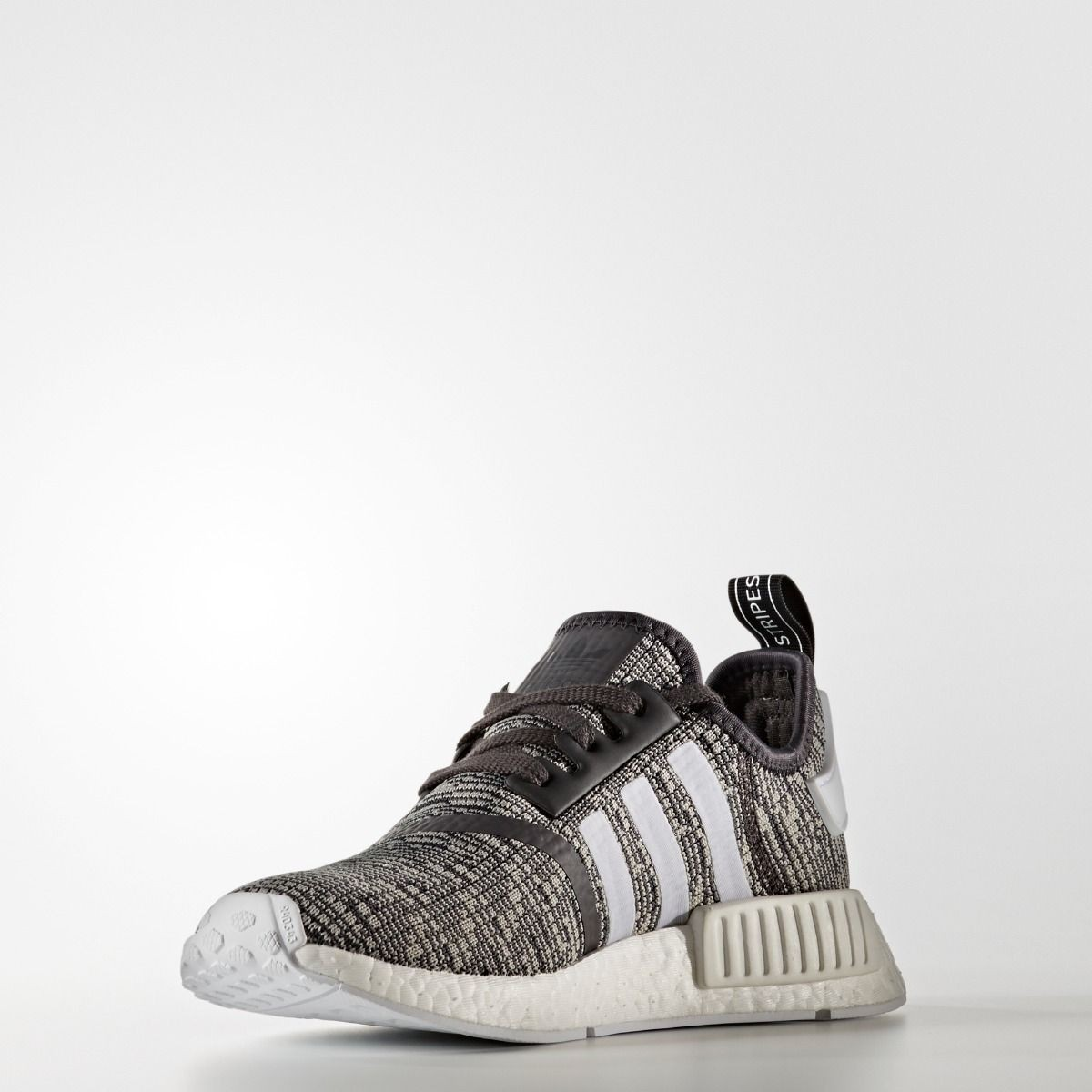 adidas nmd r1 boost schwarz grau by3035 frauen schuhe. Black Bedroom Furniture Sets. Home Design Ideas