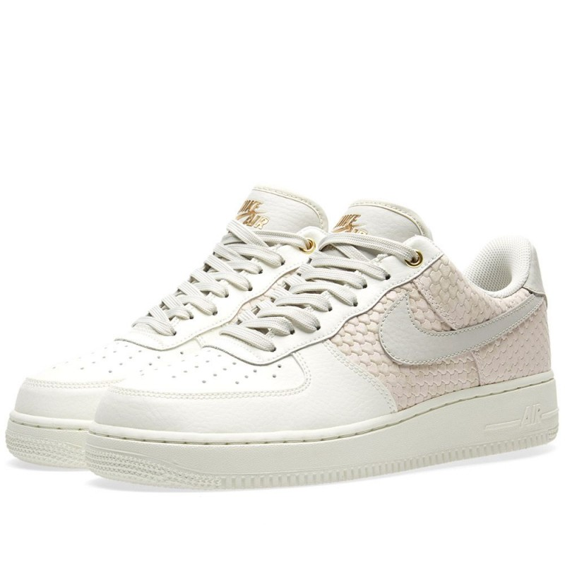 Nike Air Force 1 07 LV8 Sail Gold 823511-100