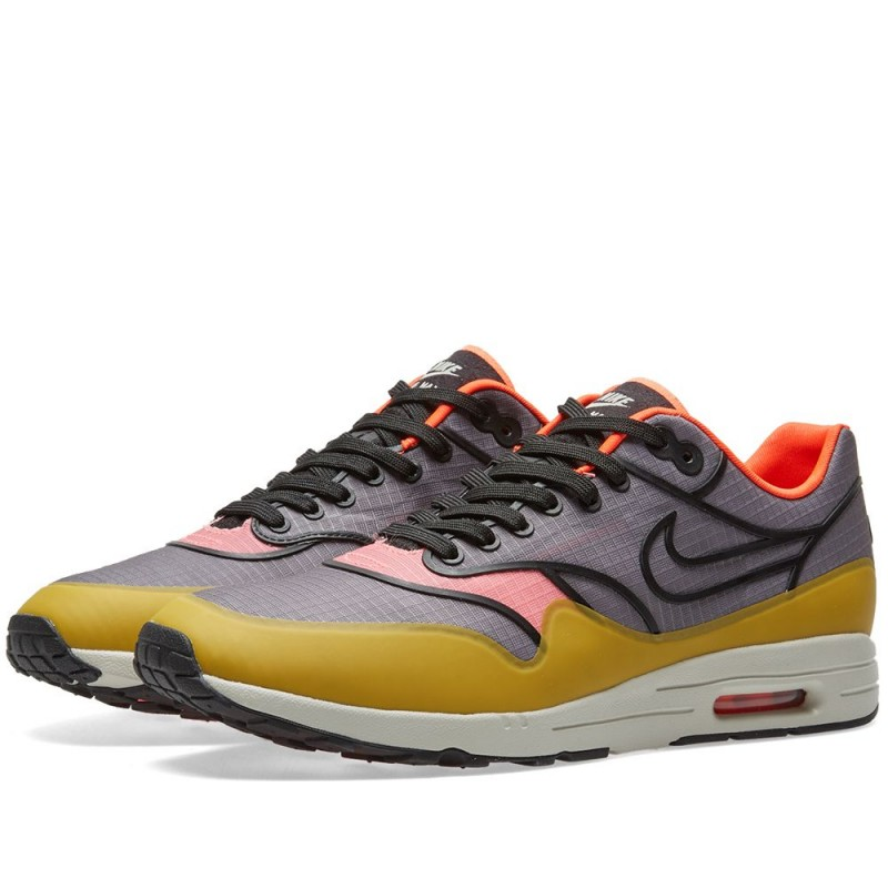 Nike Damen Air Max 1 Ultra 2.0 SI 881103-001