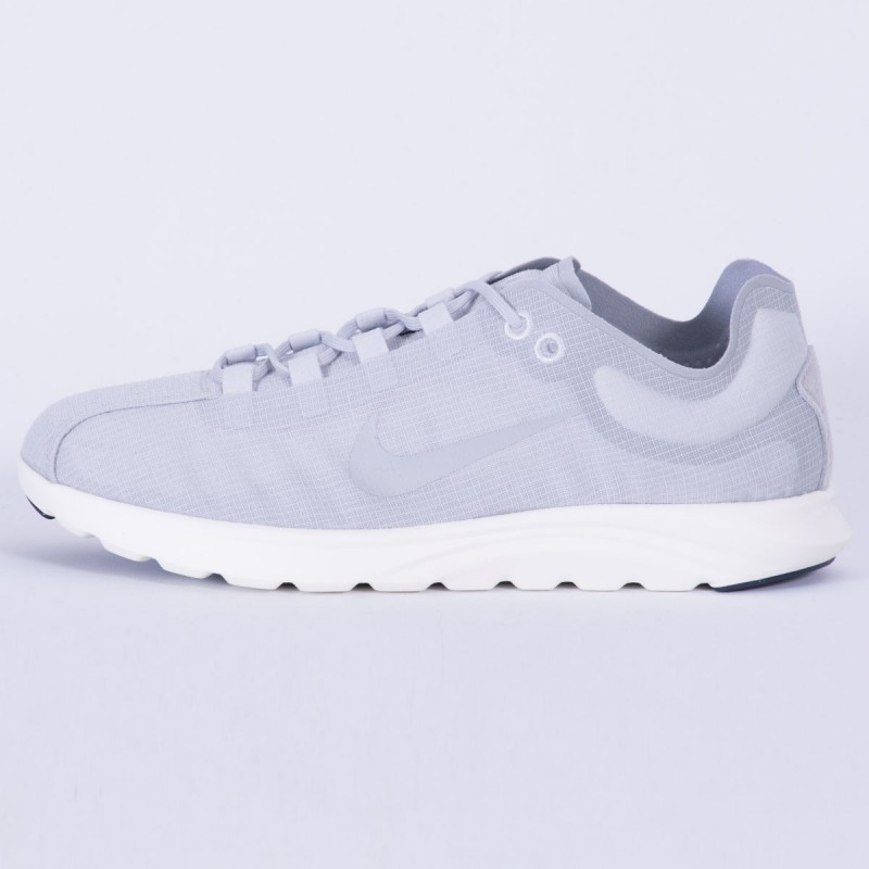 Nike Damen Mayfly Lite Pinnacle Pure Platinum 881197-002