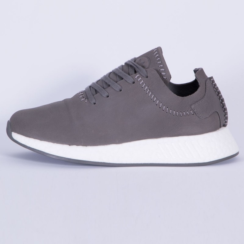 adidas Originals x Wings+Horns NMD R2 Leder Ash/Weiß BB3117